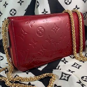 Louis Vuitton Bags - MINT ♥️ LOUIS VUITTON Vernis Zippy Wallet on Chain